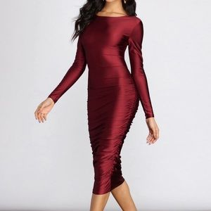 Nova Ruched Sides Midi Dress